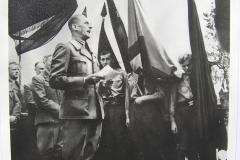 K. H. Frank řeční na jednom z mnoha předválečných mítinků soukmenovců. Hlavním motem byla nenávist ke všemu českému a antisemitismus.