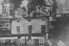 Za přihlížení místních sudetských Němců vzplála o Křišťálové noci také synagoga v Opavě.