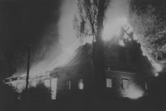 Duchovní centrum, kde se po staletí scházely generace židovských obyvatel, zničily v noci z 9. na 10. listopadu 1938 plameny.  Kynšperk nad Ohří přišel o jednu ze svých významných kulturních památek a plameny předznamenaly i budoucí osud většiny místních Židů.